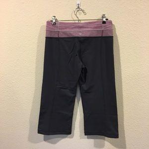 lululemon athletica Pants - Lululemon cropped workout pants